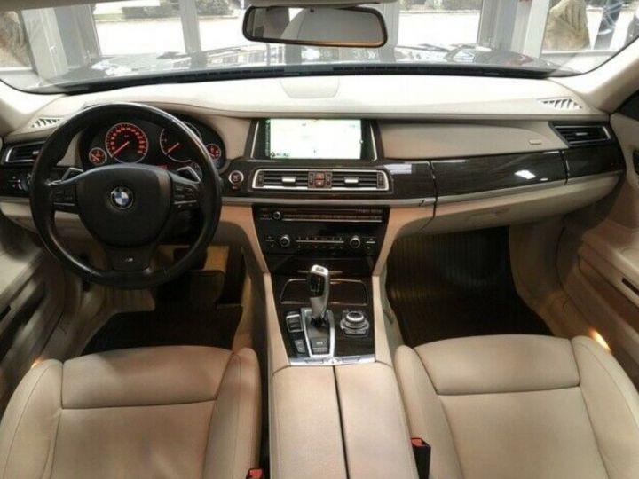 BMW Série 7 750d xDrive 381 LUXE 12/2012 noir métal - 8