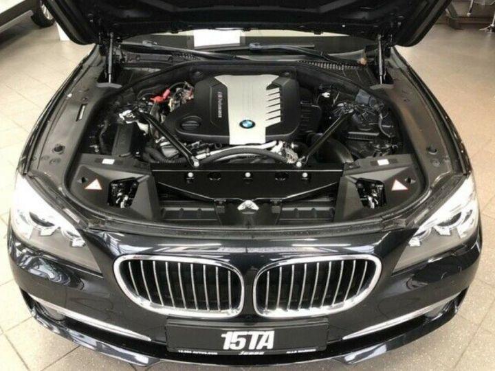 BMW Série 7 750d xDrive 381 LUXE 12/2012 noir métal - 13