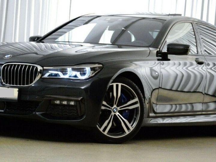 BMW Série 7 (G11) 730D XDRIVE 265 M SPORT BVA8 GRIS SINGAPOUR METAL - 1