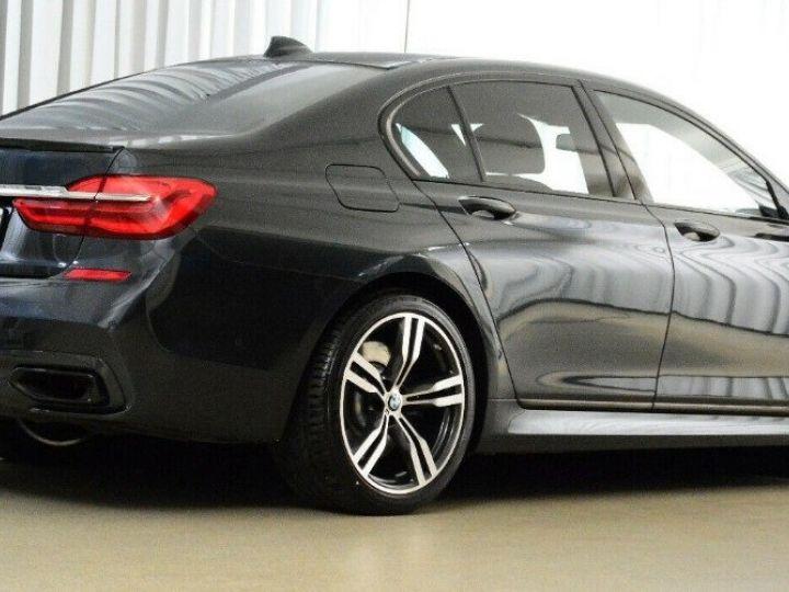 BMW Série 7 (G11) 730D XDRIVE 265 M SPORT BVA8 GRIS SINGAPOUR METAL - 2