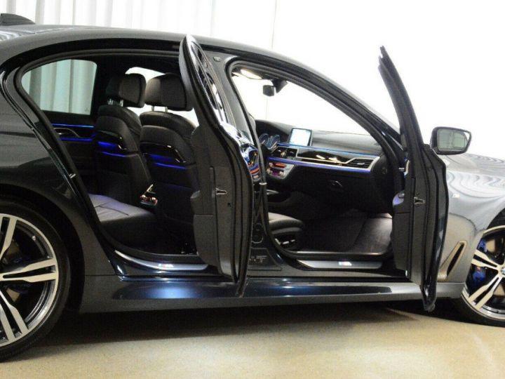 BMW Série 7 (G11) 730D XDRIVE 265 M SPORT BVA8 GRIS SINGAPOUR METAL - 4