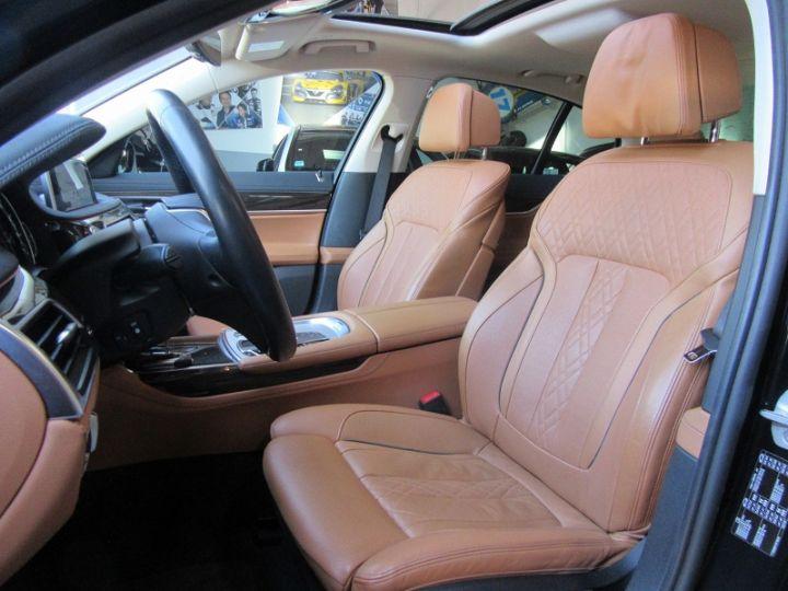 BMW Série 7 (G11/G12) 740IA 326CH EXCLUSIVE Noir Occasion - 4
