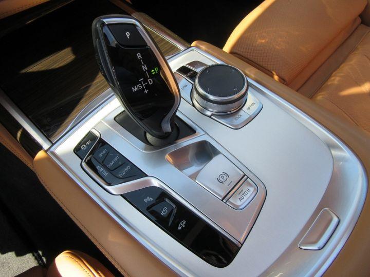 BMW Série 7 (G11/G12) 740IA 326CH EXCLUSIVE Noir Occasion - 10