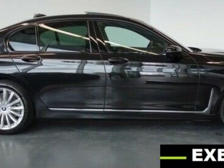 BMW Série 7 Limousine  NOIR PEINTURE METALISE  Occasion - 2