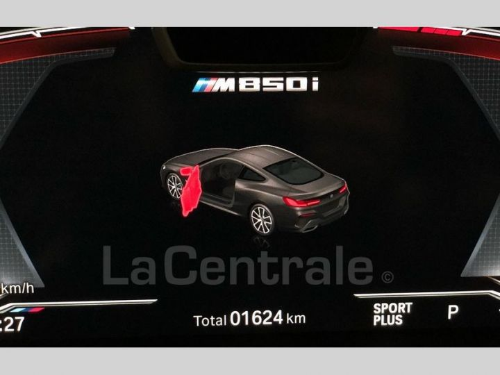 BMW Série 8 M850IA (G15) 530 XDRIVE Noir Metal Occasion - 15