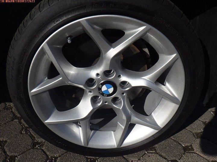 BMW X1 sDrive18d 143 xLINE Boite auto(05/2015) (Blanc) Alpine White - 12