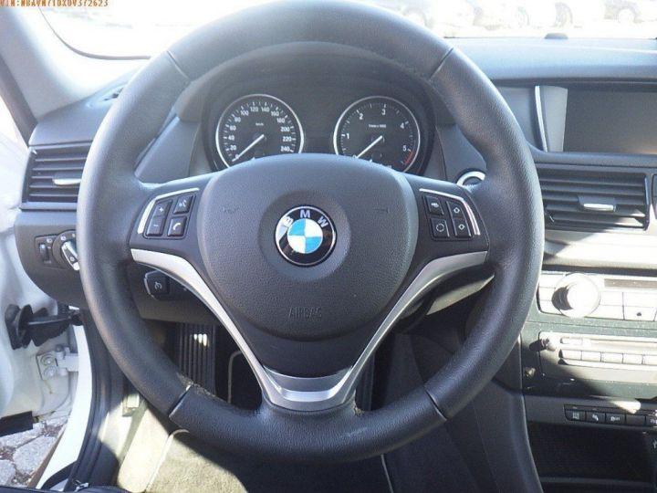 BMW X1 sDrive18d 143 xLINE Boite auto(05/2015) (Blanc) Alpine White - 15