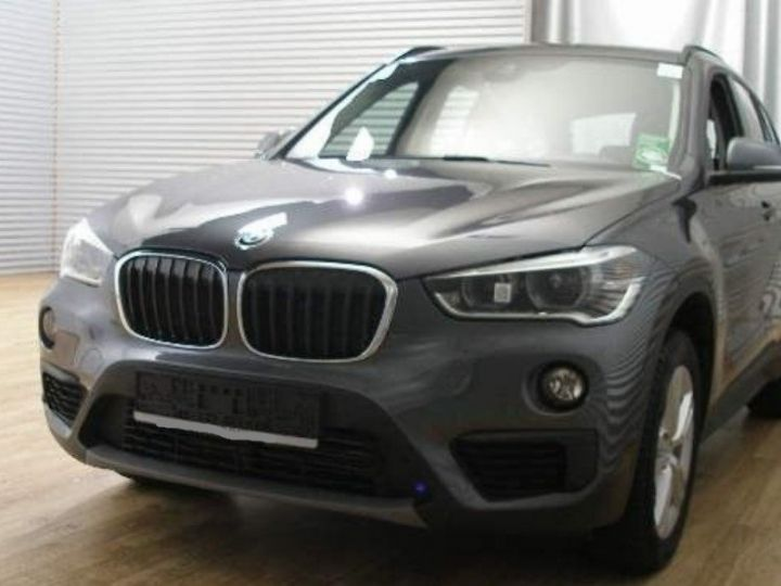 BMW X1 xDrive18dA 150 Advantage(01/2017) gris minéral  métallisé - 1