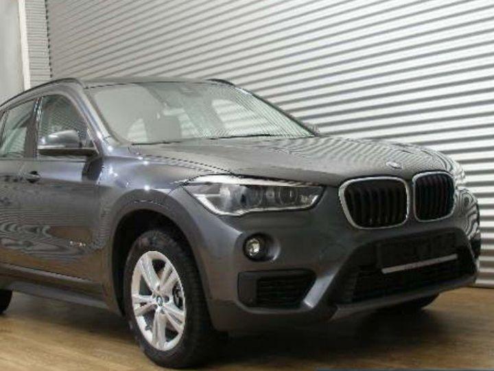 BMW X1 xDrive18dA 150 Advantage(01/2017) gris minéral  métallisé - 2