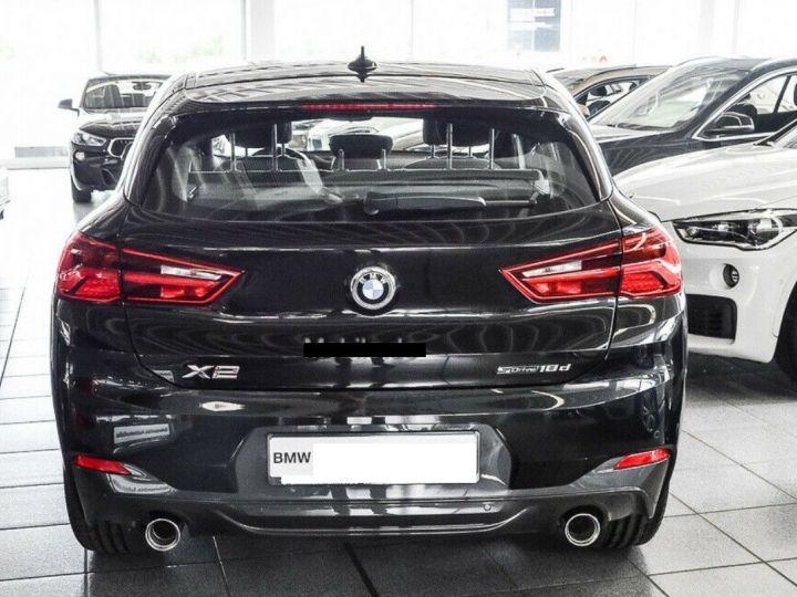 BMW X2  sDrive18d Aut. 150  Pack M Sport 08/2019 noir métal - 4