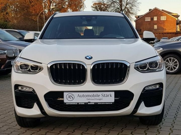 BMW X3 BMW X3 xDrive 20d M Sport blanc - 2