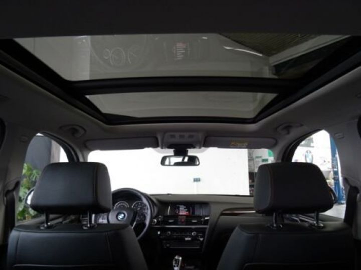 BMW X3 BMW X3xDrive20d/Xenon/Navi/Panorama/Caméra/Garantie 12 Mois noir - 4
