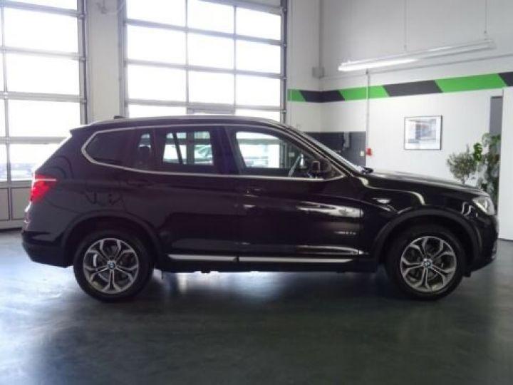 BMW X3 BMW X3xDrive20d/Xenon/Navi/Panorama/Caméra/Garantie 12 Mois noir - 9