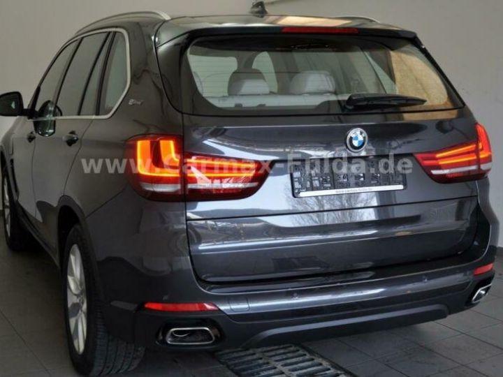 BMW X5 40e xDrive Cuir,Panorama Gris Peinture métallisée - 2