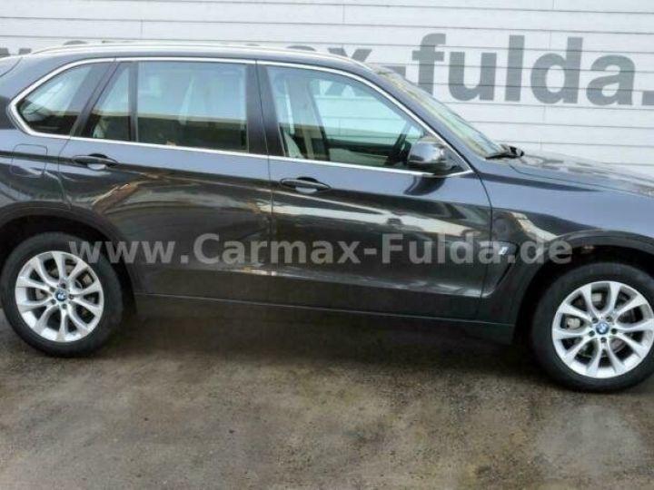 BMW X5 40e xDrive Cuir,Panorama Gris Peinture métallisée - 4