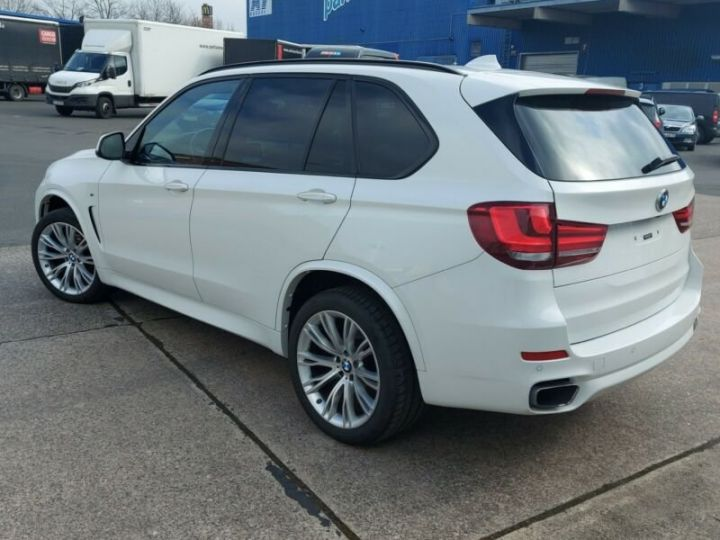 BMW X5 BMW X5 M Paket xDive25d 235 /Cuir/ToitPanoramique/Hifi Harman kardon/Garantie 12 Mois Blanc - 2