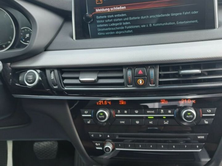 BMW X5 BMW X5 M Paket xDive25d 235 /Cuir/ToitPanoramique/Hifi Harman kardon/Garantie 12 Mois Blanc - 7