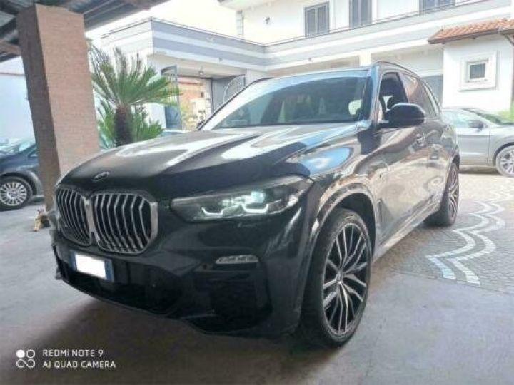 BMW X5 xDrive 30d A M-Sport / GPS / PHARE Xenon / Garantie 12 mois /  Noir métallisée  - 1