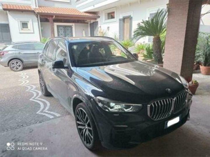 BMW X5 xDrive 30d A M-Sport / GPS / PHARE Xenon / Garantie 12 mois /  Noir métallisée  - 2