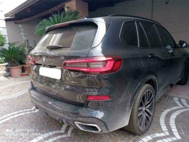 BMW X5 xDrive 30d A M-Sport / GPS / PHARE Xenon / Garantie 12 mois /  Noir métallisée  - 4