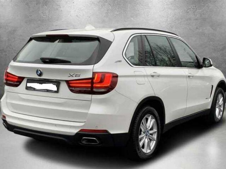 BMW X5 # xDrive 40e iPerformance # Hybride (essence/électricité) Blanc Peinture métallisée - 2