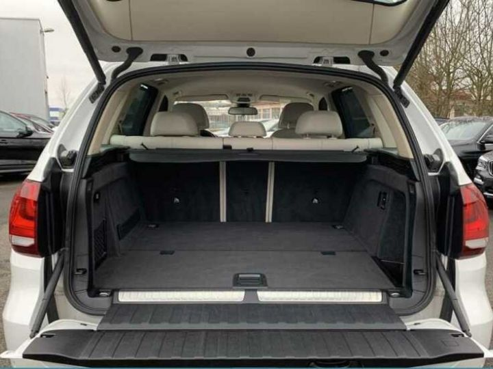 BMW X5 # xDrive 40e iPerformance # Hybride (essence/électricité) Blanc Peinture métallisée - 8