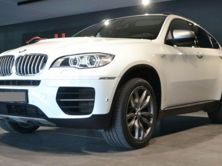 BMW X6 (2) M50DA 381 (07/2012) 5 places. BLANC ALPIN 3 - 1