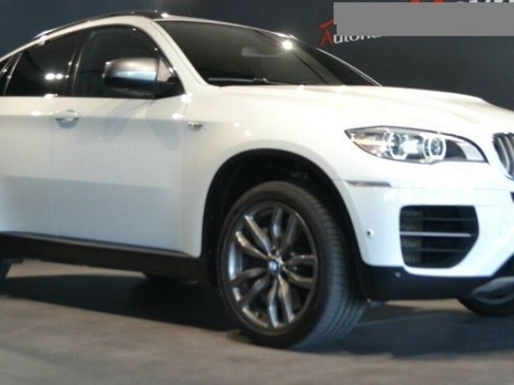 BMW X6 (2) M50DA 381 (07/2012) 5 places. BLANC ALPIN 3 - 3