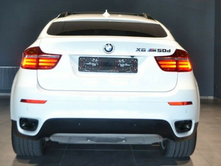 BMW X6 (2) M50DA 381 (07/2012) 5 places. BLANC ALPIN 3 - 6