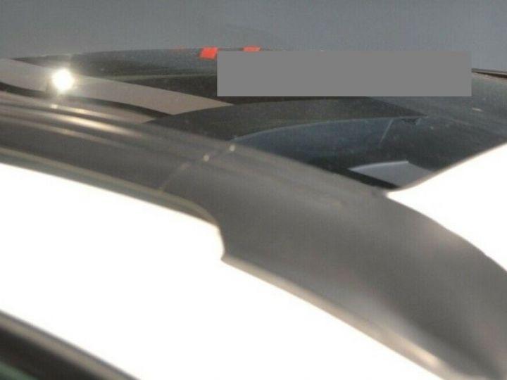 BMW X6 (2) M50DA 381 (07/2012) 5 places. BLANC ALPIN 3 - 18