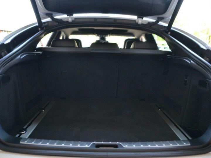 BMW X6 (2) M50DA 381 (07/2012) 5 places. BLANC ALPIN 3 - 19