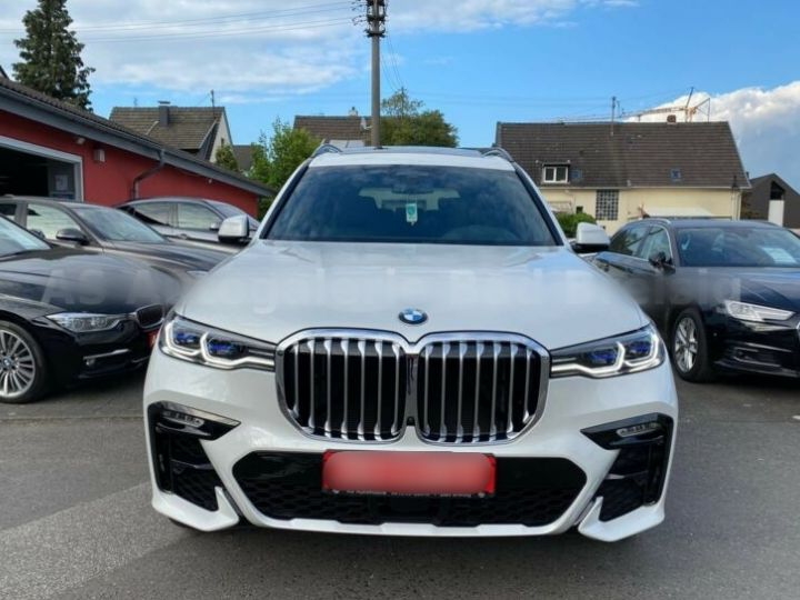 BMW X7 30d M Sport 7 Places PANO Blanc - 4