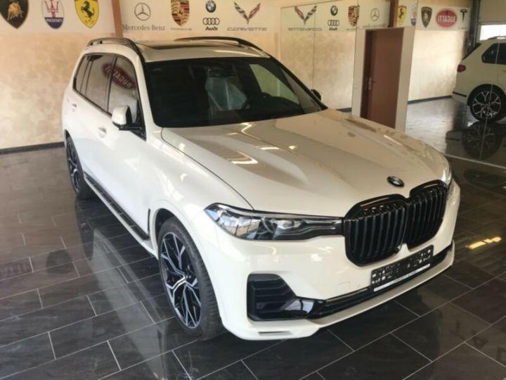 BMW X7  BMW X7 xDrive40i 340 ch BVA8 M Design Pure Excellence 2020 / Toit pano Blanc - 1