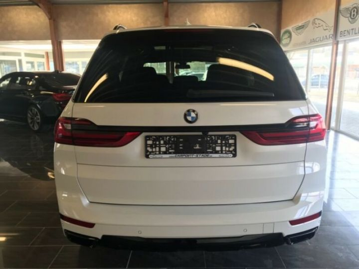 BMW X7  BMW X7 xDrive40i 340 ch BVA8 M Design Pure Excellence 2020 / Toit pano Blanc - 11