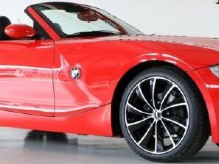 BMW Z4 2.2L i rouge  - 1