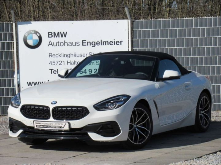 BMW Z4 BMW **Z4 sDrive 30i 258 ch** BVA8 Sport Navi Blanc - 11