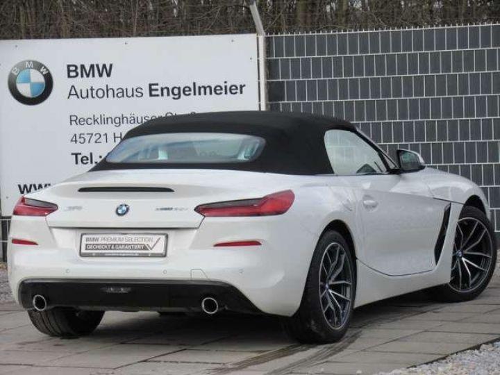 BMW Z4 BMW **Z4 sDrive 30i 258 ch** BVA8 Sport Navi Blanc - 12