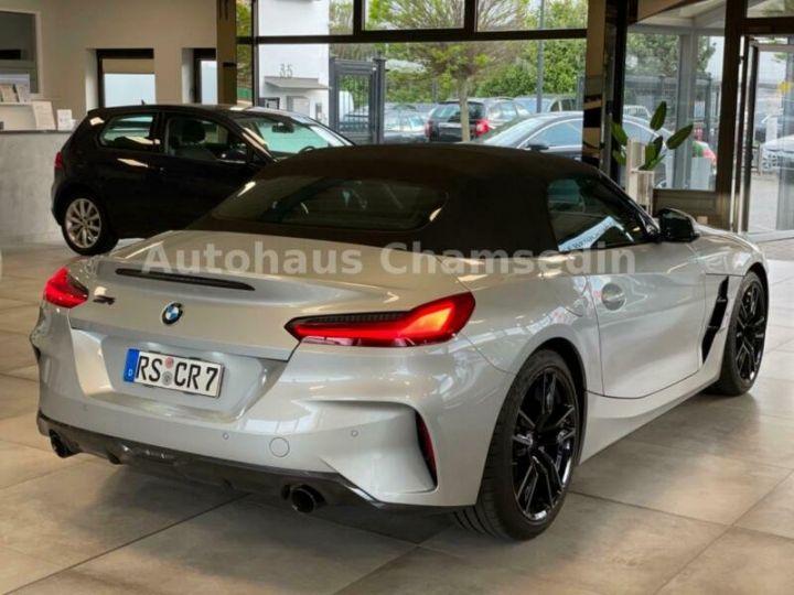 BMW Z4 sDrive 20 i M Sport gris metal - 5