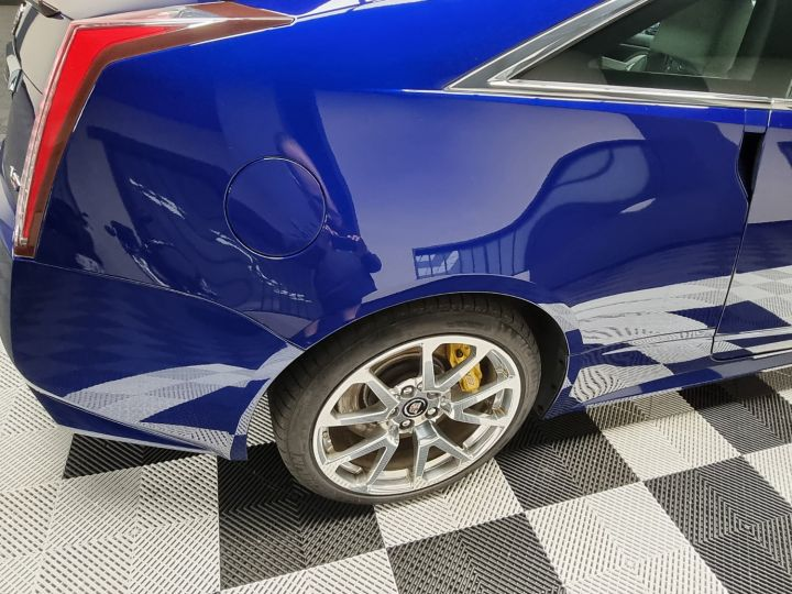 Cadillac CTS-V Coupé 564ch V8 6.2L Supercharged Bleu - 12