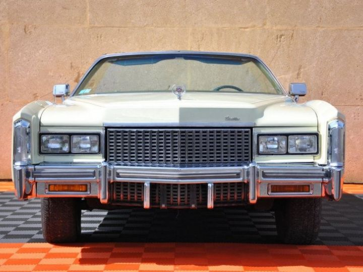 Cadillac Eldorado V8 8.2 Beige - 2