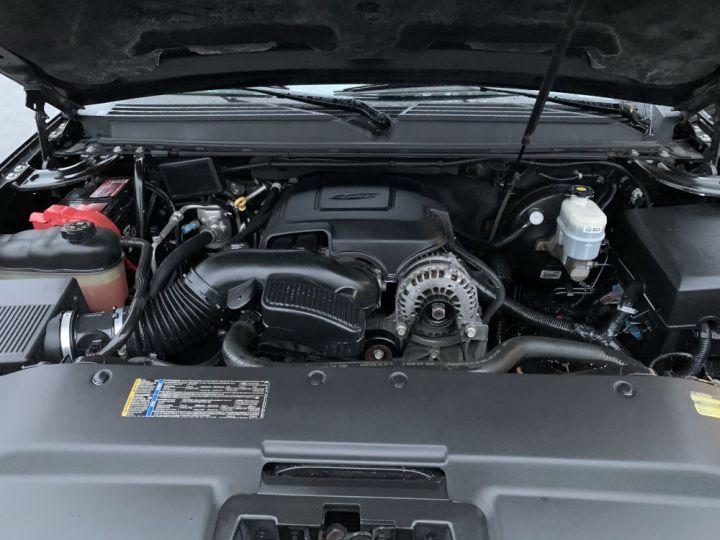 Cadillac ESCALADE 6.2 L V8 409 CV Luxury Noir - 13