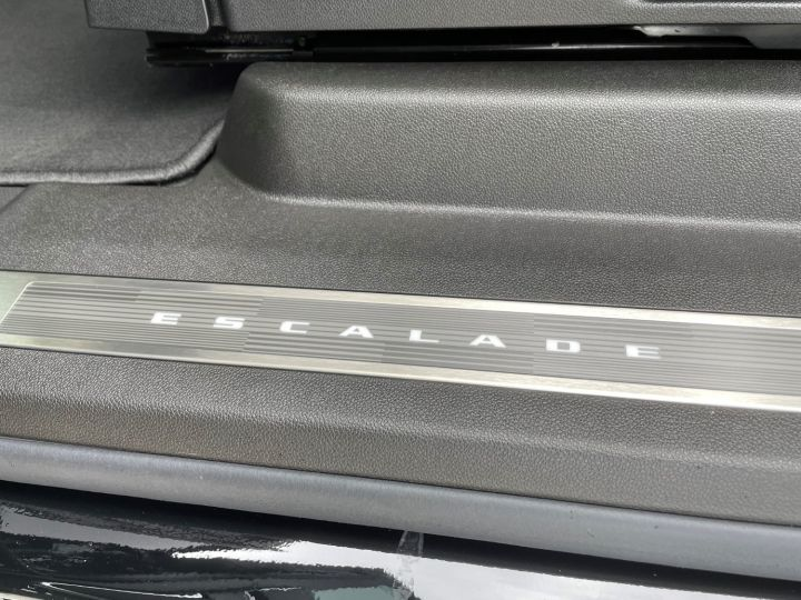 Cadillac ESCALADE ESV Sport V8 6,2L Noir - 18