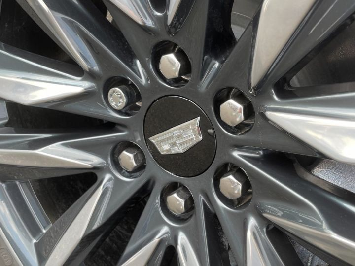 Cadillac ESCALADE ESV Sport V8 6,2L Noir - 17