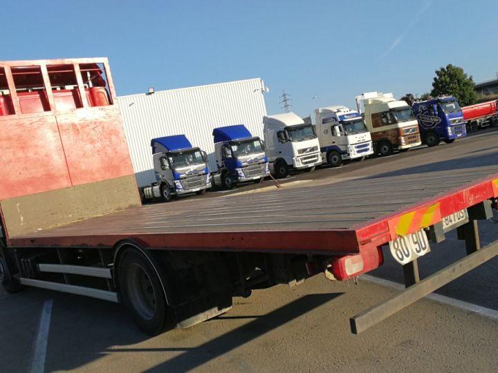 Camión Daf XF Caja abierta XF 105 . 460 ROUGE  - 3