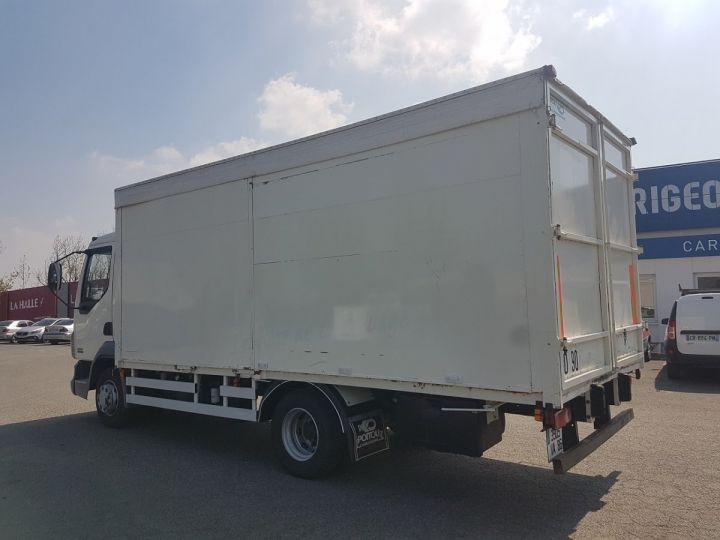 Camión Daf LF Caja cerrada 45.150 BLANC - 4