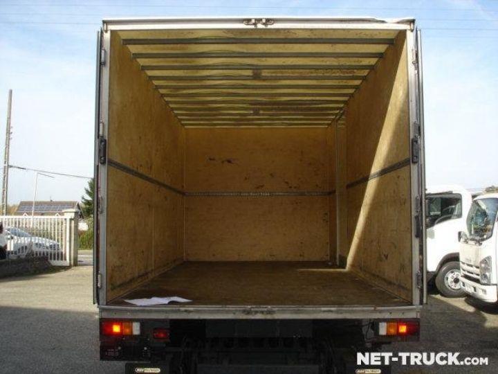 Camión Isuzu NQR Caja cerrada + Plataforma elevadora  - 3