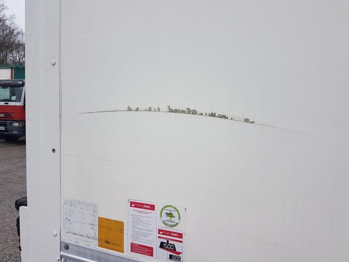 Camión Renault D Caja cerrada + Plataforma elevadora MED 12.210dti FOURGON 6m50 BLANC - 13