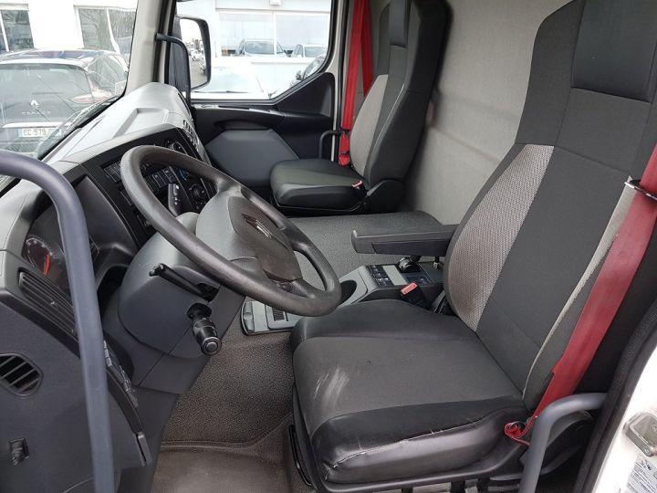 Camión Renault D Caja cerrada + Plataforma elevadora WIDE 19.280dti - Fourgon 9m40 BLANC - 19