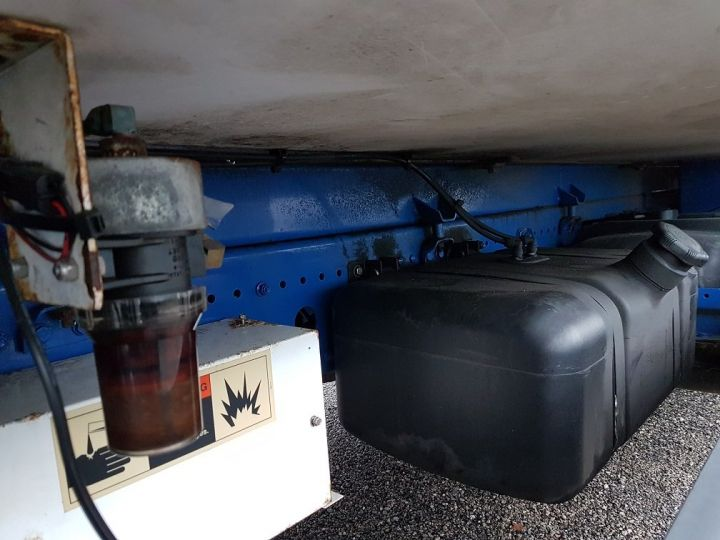 Camión Mercedes Atego Caja frigorífica 1318 NL euro 6 - BI-TEMPERATURE BLANC - 15