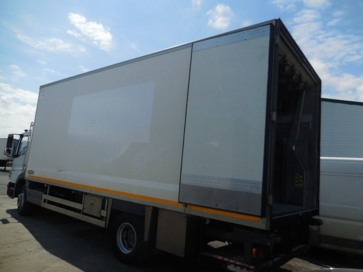 Camión Mercedes Atego Caja frigorífica 1524  - 2